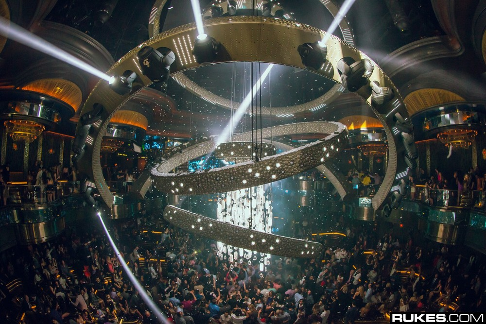 Omnia-Nightclub-Rukes-10.jpg