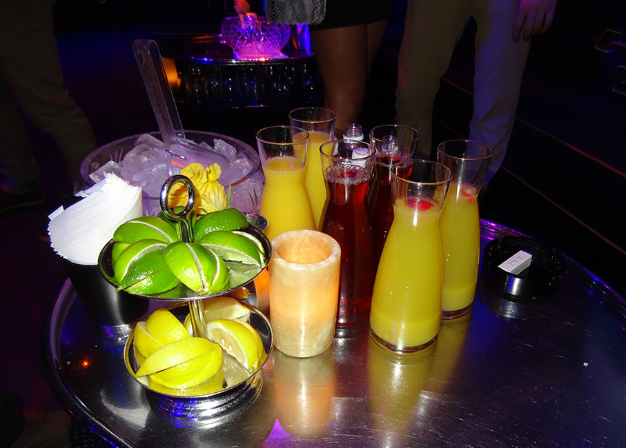 Juice-and-Fruit-Bank-Nightclub-Bellagio.jpg