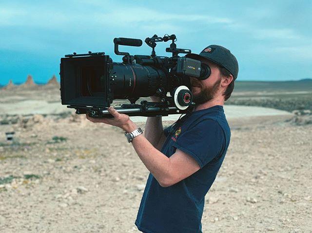 Light weight setup today....... . . . #directorofphotography #cinematography #cinematographer #setlife #onset #assitantcamera  #cameradept #cameradepartment #1stac  #alexa #arrialexa #alexamini  #dop #dp  #shotonalexa #arri #angenieux #optimo12x #handheld #bertonevisuals #bertonevisualsproductions