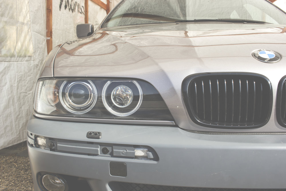 Mömus BMW E39 Front Quad Projector Mod Headlights Facelift