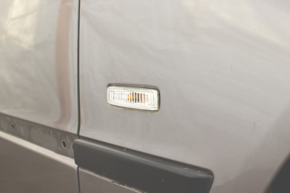 Mömus BMW E39 Facelift White  Clear Indicator side marker blinker