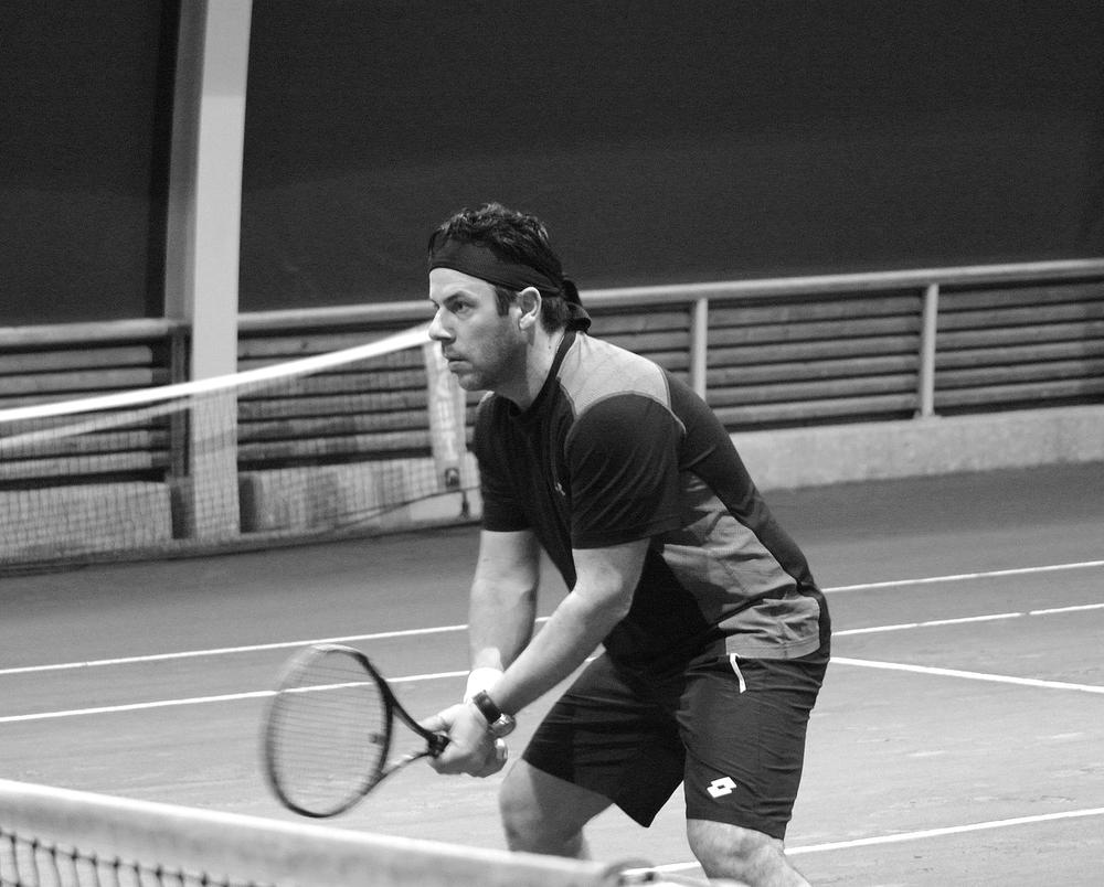 Tennis free guy bn.jpg