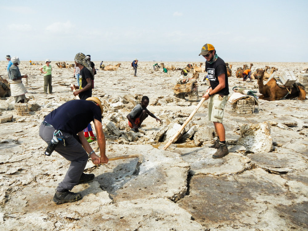 Struggling to match the mining prowess of the Afar teams... (Photo Credit: N.Colwill)