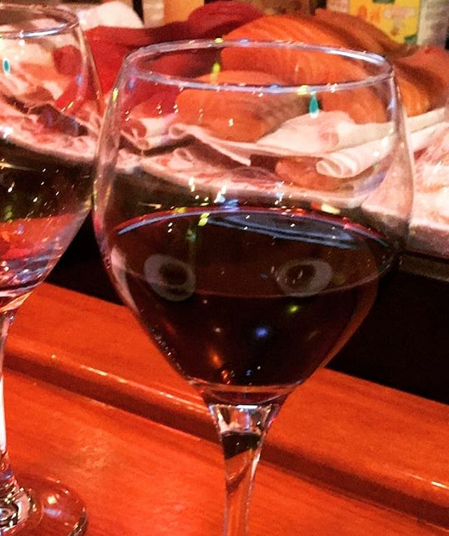 While eating sushi my wine couldn't take it's eyes off me. #CreeperCabernet