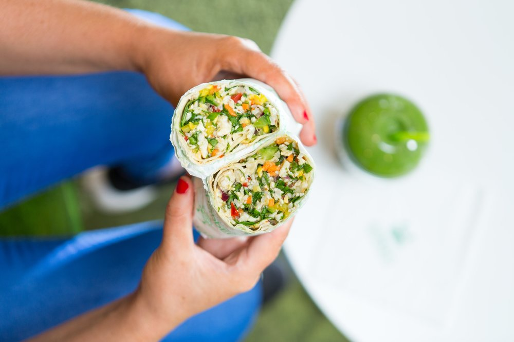 Chopped+Wrap+with+Go+Green+Smoothie+%281%29.jpg