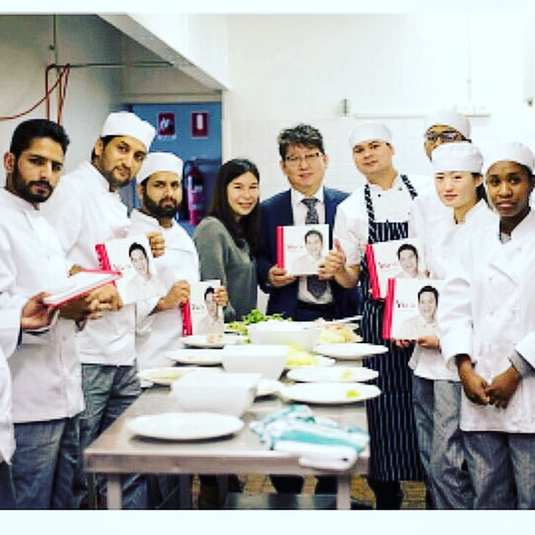 Special Moments - In July 2017, our Chef Vu was pleased to be invited as Special Practical Lecturer for Commercial Cookery at World College.