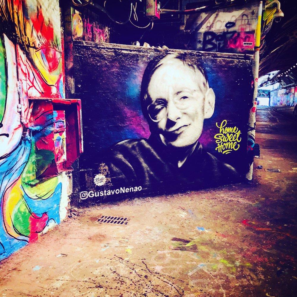 Leake_Street_Stephen_Hawking.jpg