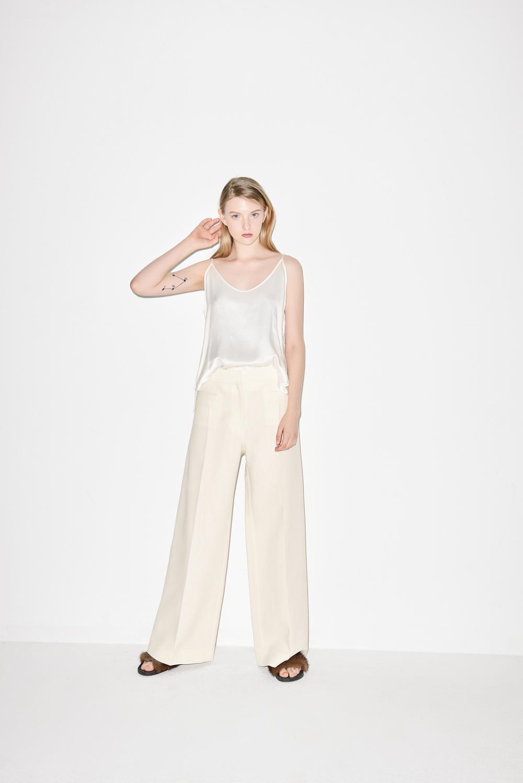 TB01. White silk top blouse