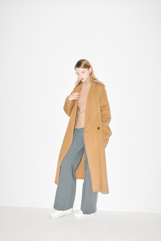 HC04. Camel handmade coat, K02. Camel turtle neck, P03. Grey pants