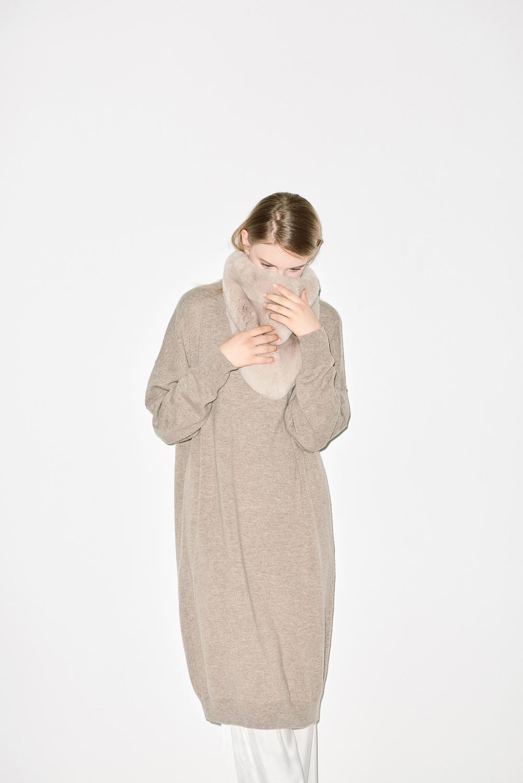 KD01. Oatmeal knit dress