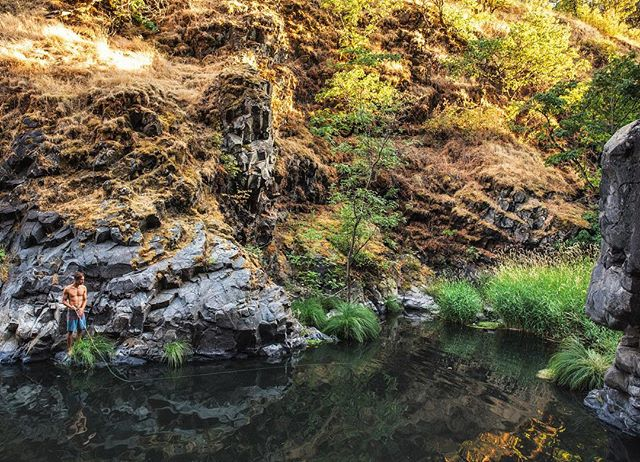 Swimming hole turned fishing spot in Mosier, OR - - #cascadiaexplored #mosier #secretspot #swimminghole #fishinghole #flyfishing #exploreoregon #oregonexplored #columbiarivergorge #bestlife #bestdayever #troutfishing