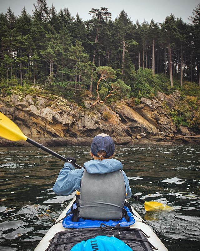 Paddling the San Juan's in search of lost coastlines with the amazing guides of @outdoorodysseys outdoorodysseys - . #rei1440project #explorewashington #washingtonstate #sanjuanislands #upperleftusa #radgirlslife #mtnchicks #amongthewild #optoutside #nobaddays #womeninthewild #letscamp #kayaking #seakayaking #orcasisland #orcas #liked #followmeto #matia #sucia #patos #orcawhale #paddleon  #openocean #juandefuca #seacliff #madrone