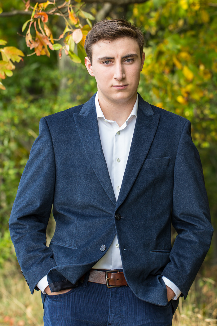 portrait, senior portrait, outdoor portrait, environmental portrait, high school portrait, male portrait, male senior portrait, male high school portrait
