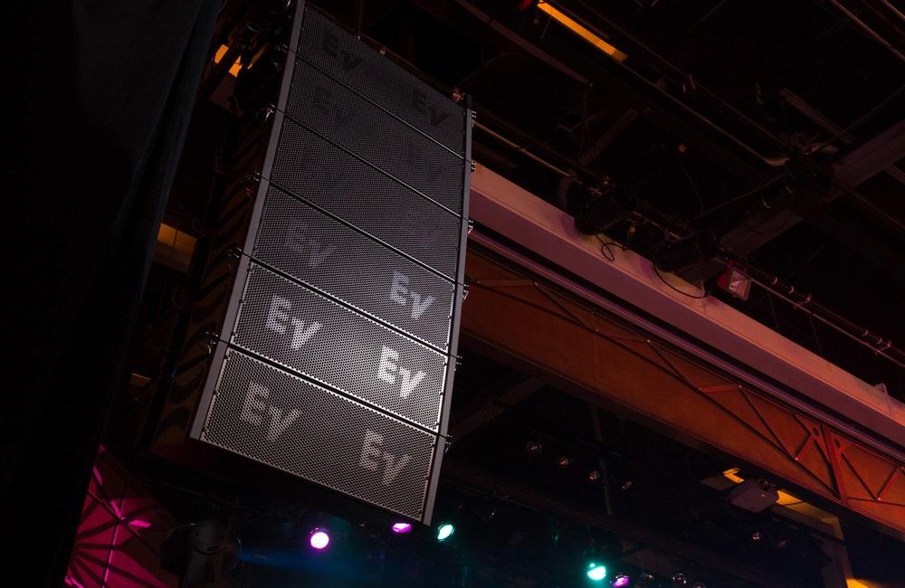 EV - 01.jpg