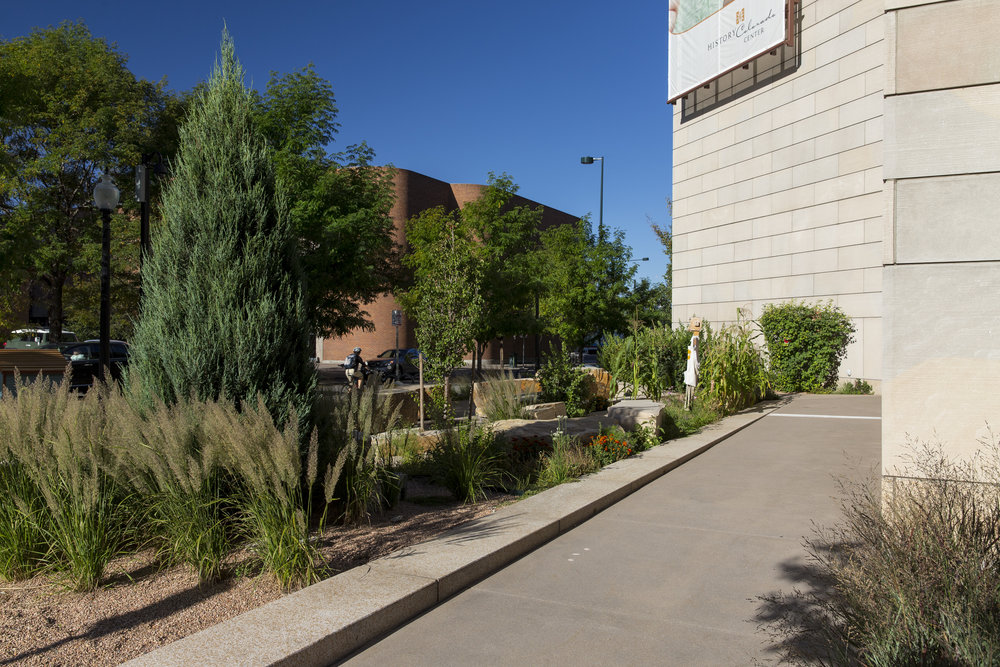 "<  img  src  =  ""        studioINSITE_History_Colorado_Ctr_Streetscape      ""  alt  =  ""Denver_Museum_History_Colorado_Civic_Culutural_Landscape_Architecture_Urban_Design_Celebration_Streetscape_Plaza"" title  =  ""History_Colorado_Center""  />"