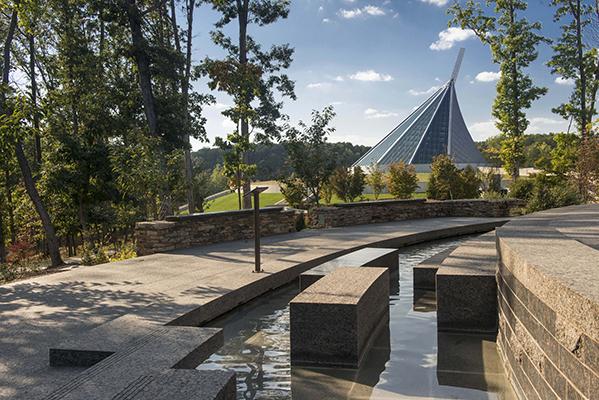 <f>Markets</f><f>Civic+Cultural</f><f>Services</f><f>Planning</f><f>Services</f><f>LandscapeArchitecture</f><t>Semper Fidelis Memorial Park</t><m>Quantico, VA</m>