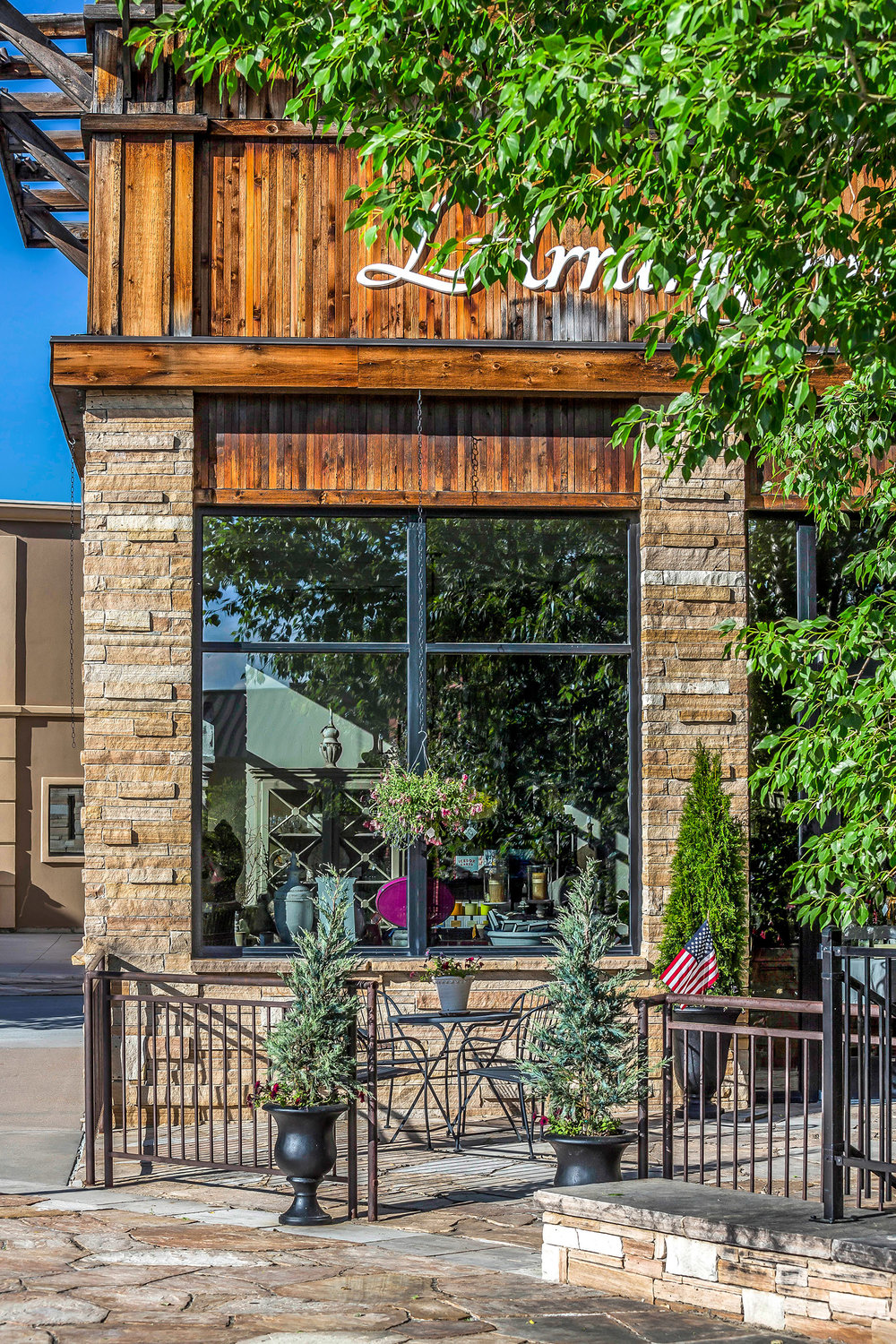 "<img src="" studioINSITE_Village_at_Castle_Pines_Plaza"" alt=""Shopping District_CastlePines_Colorado_Shopping_Mall_Streetscape_Urban Design_Landscape Architecture_Streetscape "" title=""Village at Castle Pines  ""/>"
