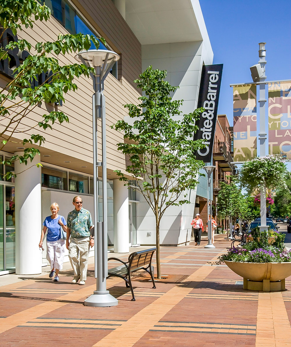 "<imgsrc=""studioINSITE_CCN_Clayton_Lane_Streetstape""alt=""Denver_Shopping_Urban Design_Master_ Planning_Planning_Mall_Cherry_Creek_Colorado_Denver_Landscape Architecture"" title=""Clayton Lane""/>"