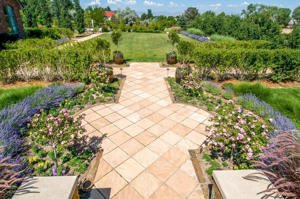 "<img src=""  studioINSITE_Cherry_Hills_Residence1  ""alt=""Private Residence, Landscape Architecture, Landscape Design, Residential Landscape, Residential Design  "" title=""Private Residence Landscape Design  ""/>"