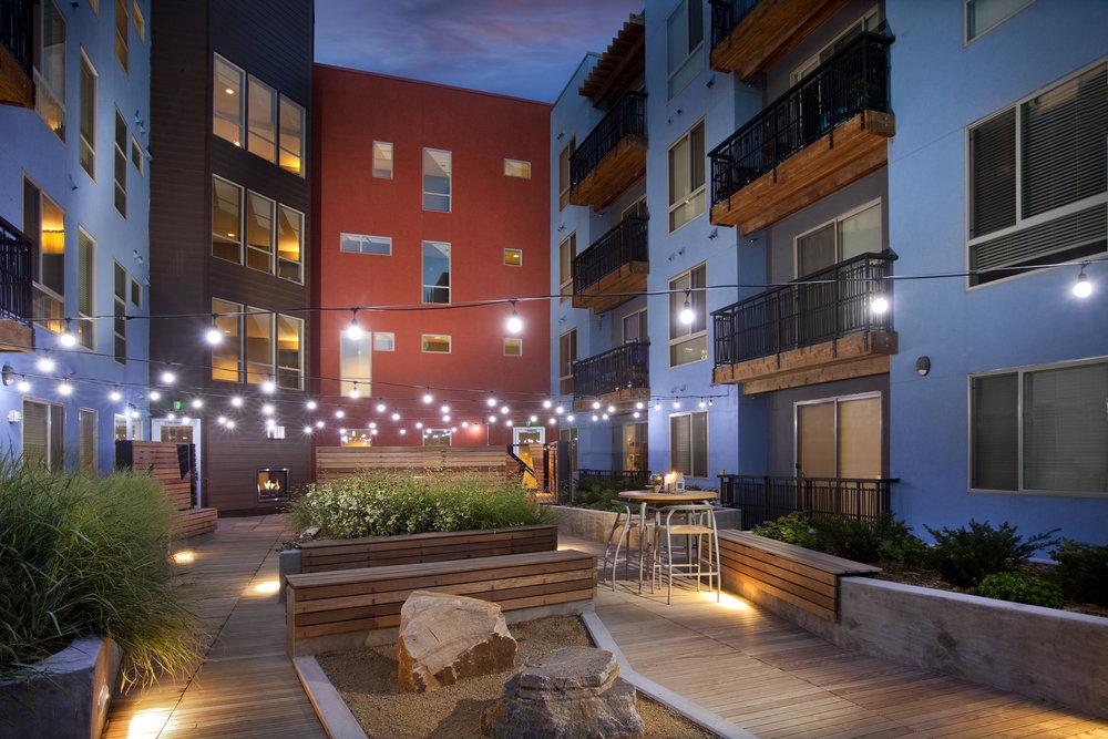 <f>Markets</f><f>Residential</f><f>Services</f><f>LandscapeArchitecture</f><t>Greenhouse</t><m>Denver, CO</m>