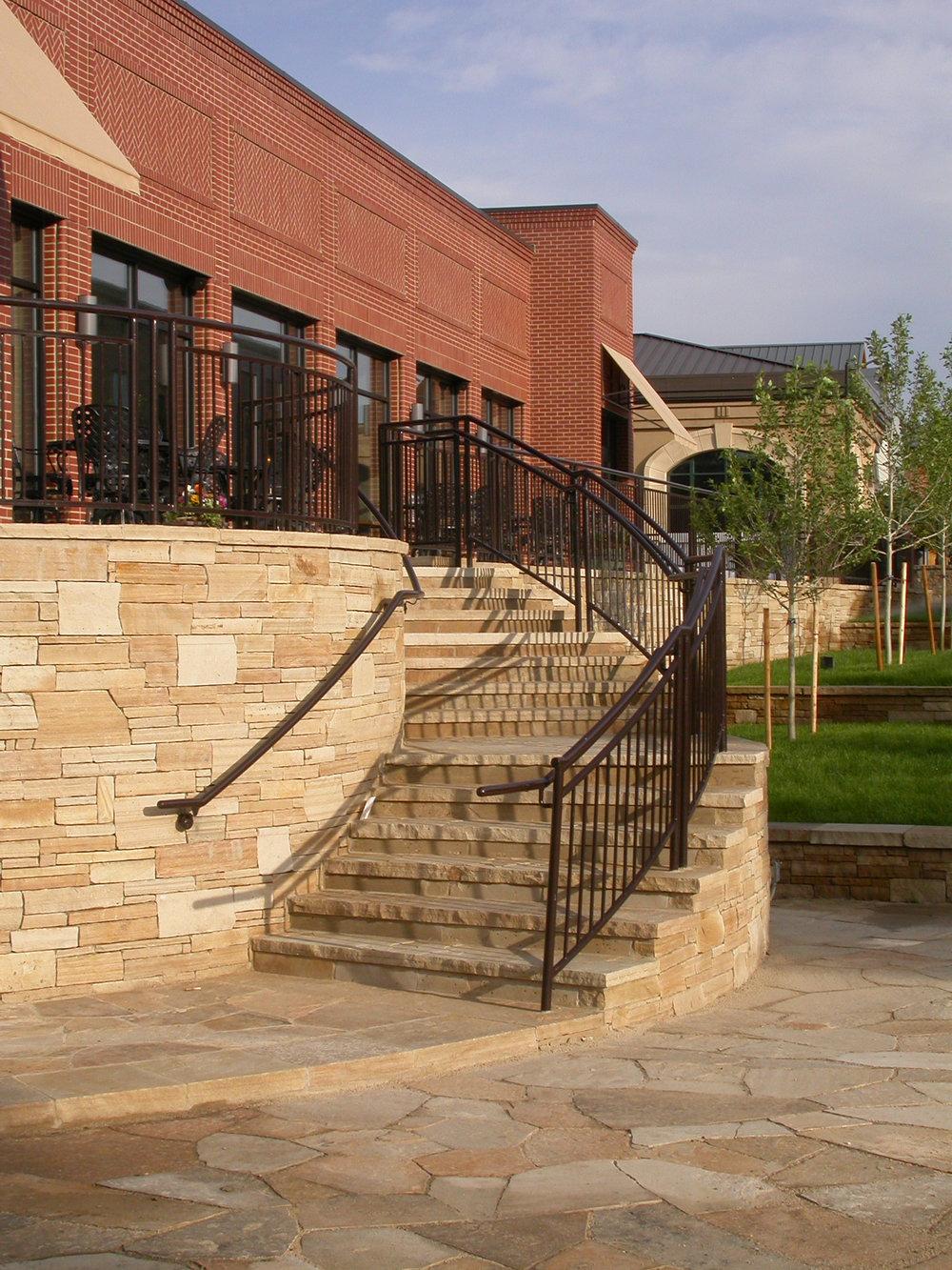 "<img src=""studioINSITE_Village_at_Castle_Pines-3""alt=""Shopping District_CastlePines_Colorado_Shopping_Mall_Streetscape_Urban Design_Landscape Architecture_Streetscape""title=""Village at Castle Pines""/>"