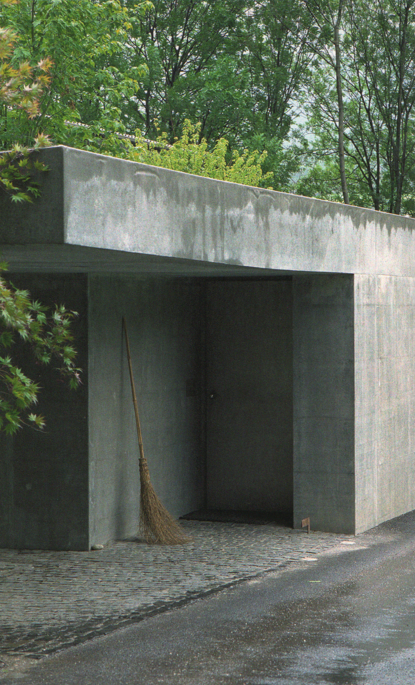 ThinkingArchitecture_PeterZumthor_02.jpg