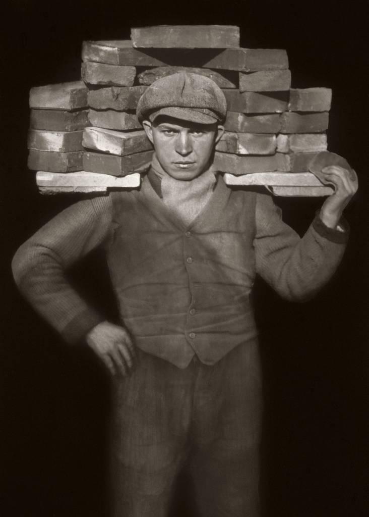 August Sander - Bricklayer.jpg