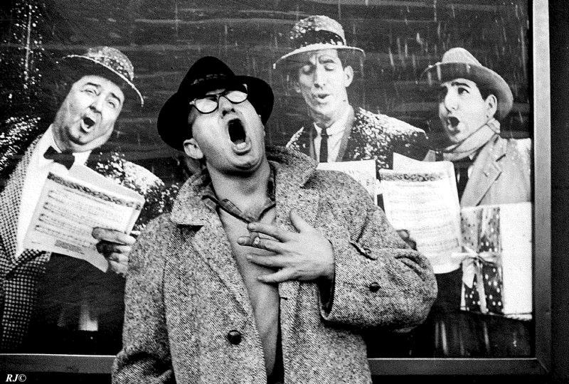 Raymond Jacobs sings, Coney Island, 1952