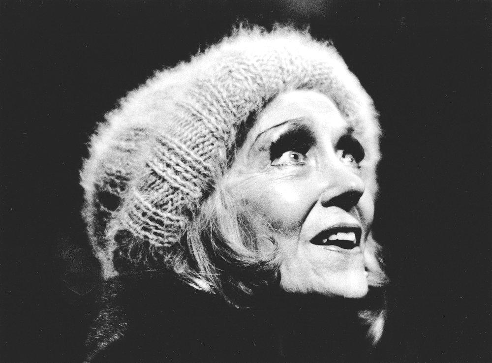 Gloria Swanson, Timbuktu rehearsal, 1977