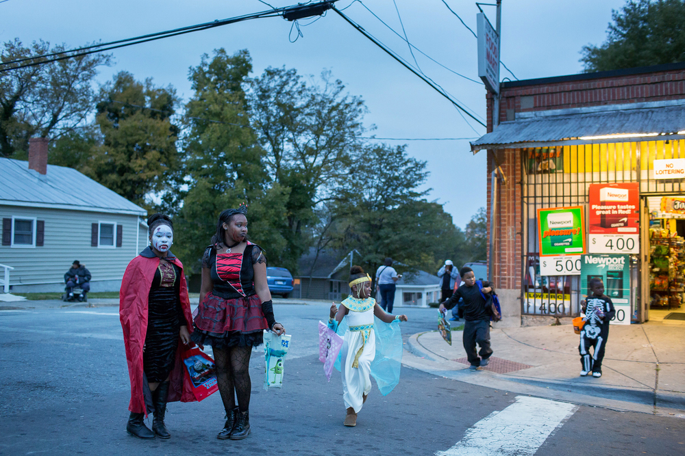 Halloween in the Southside neighborhood, Durham. Personal work.