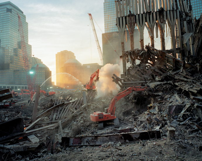 Inside the pile, looking west. (Fall 2001) © Joel Meyerowitz via  Phaidon