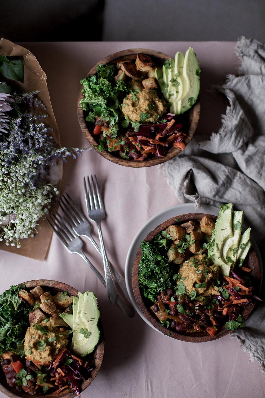 mexican bean quinoa bowl (vegan buddha bowl)-9.jpg