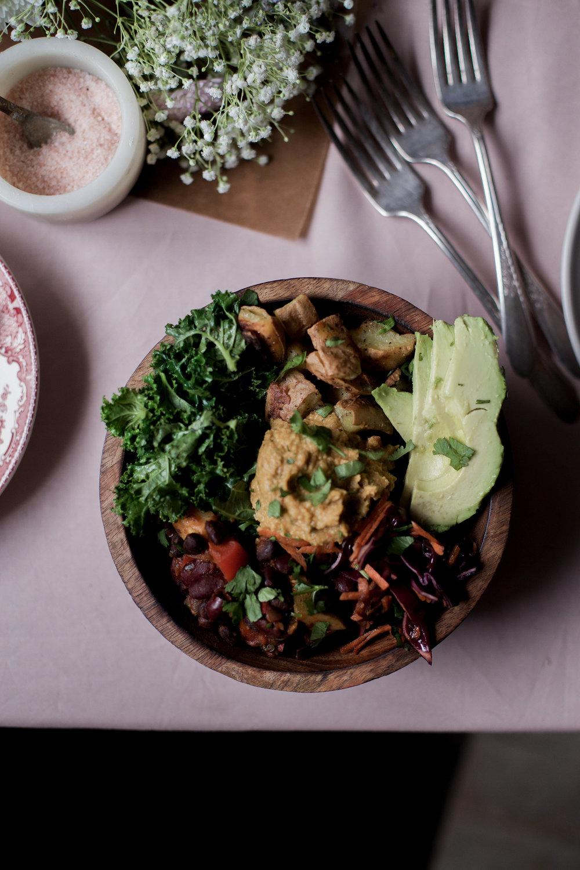 mexican bean quinoa bowl (vegan buddha bowl)-20.jpg