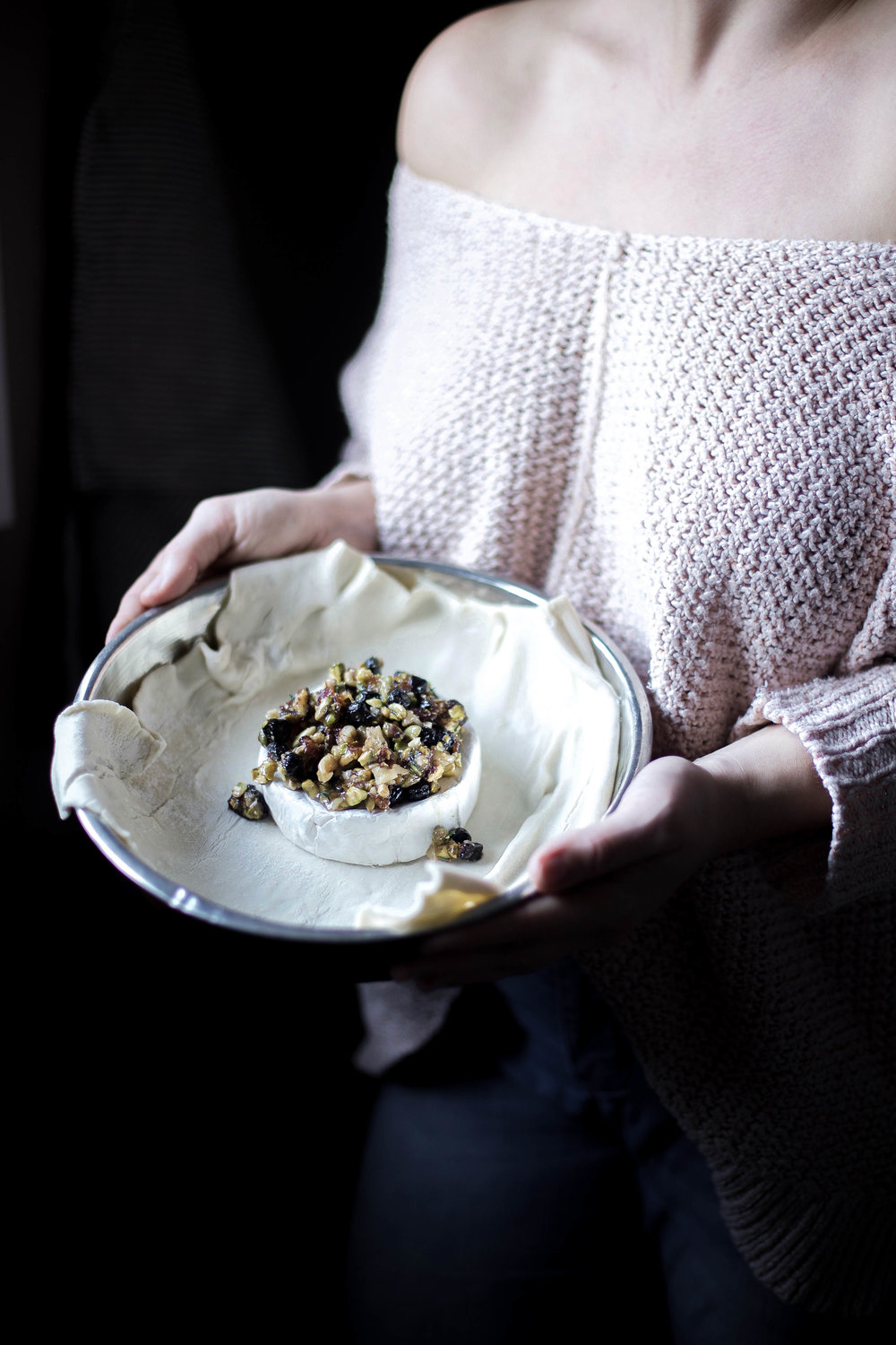 honey puff wrapped baked brie with dried blueberries, walnuts & pistachios (2 of 1).jpg