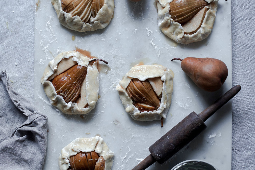 maple cream cheese pear and pistachio galette (11 of 1).jpg