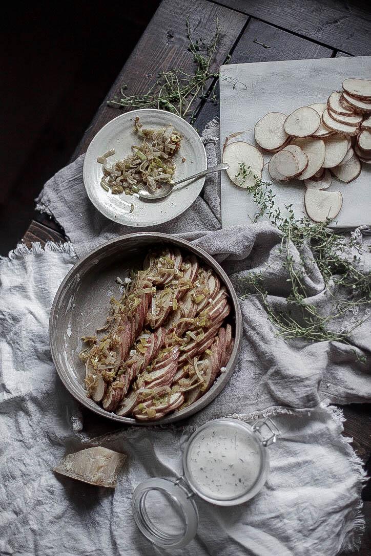 caramelized leek and thyme potato gratin (12 of 1).jpg