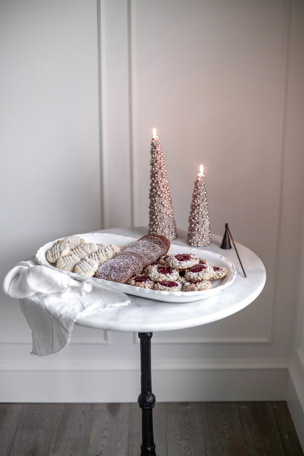 classic christmas cookies; jam thumbprints, chewy gingergbread, buttery shortbread (11 of 1).jpg