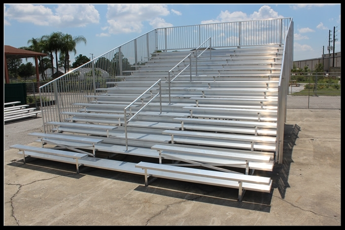 15 Row Non-Elevated Aluminum Bleacher (w aisle)   Click here for free, printable CAD drawings!
