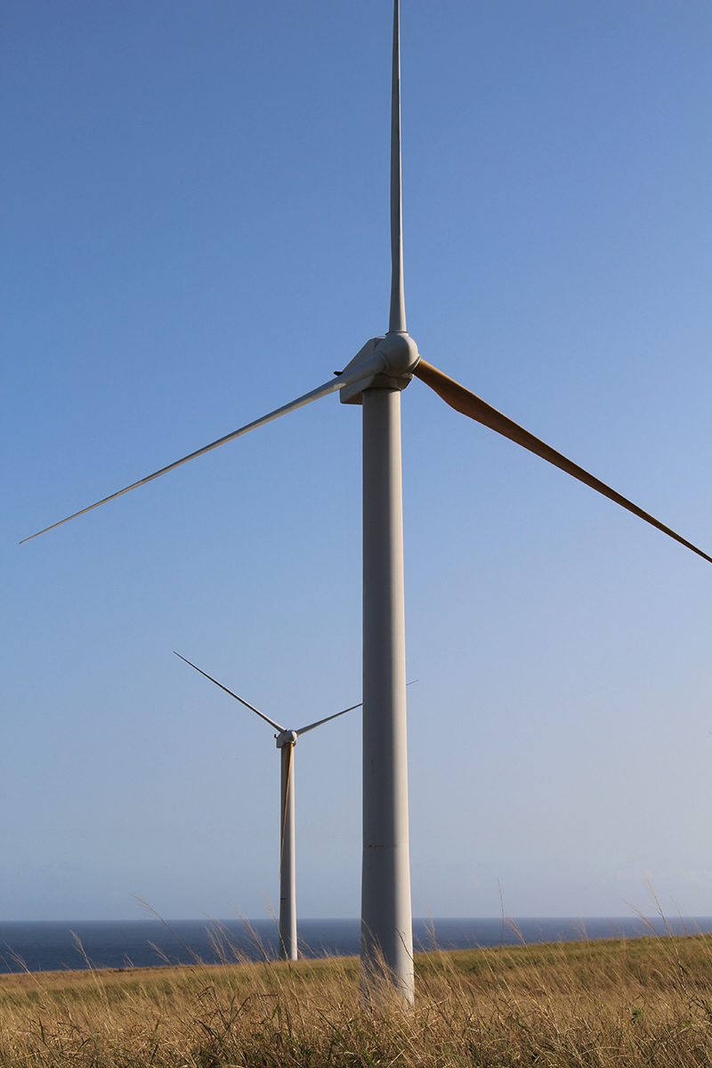 Wind Turbines_Hawaii_2015_www.jpg
