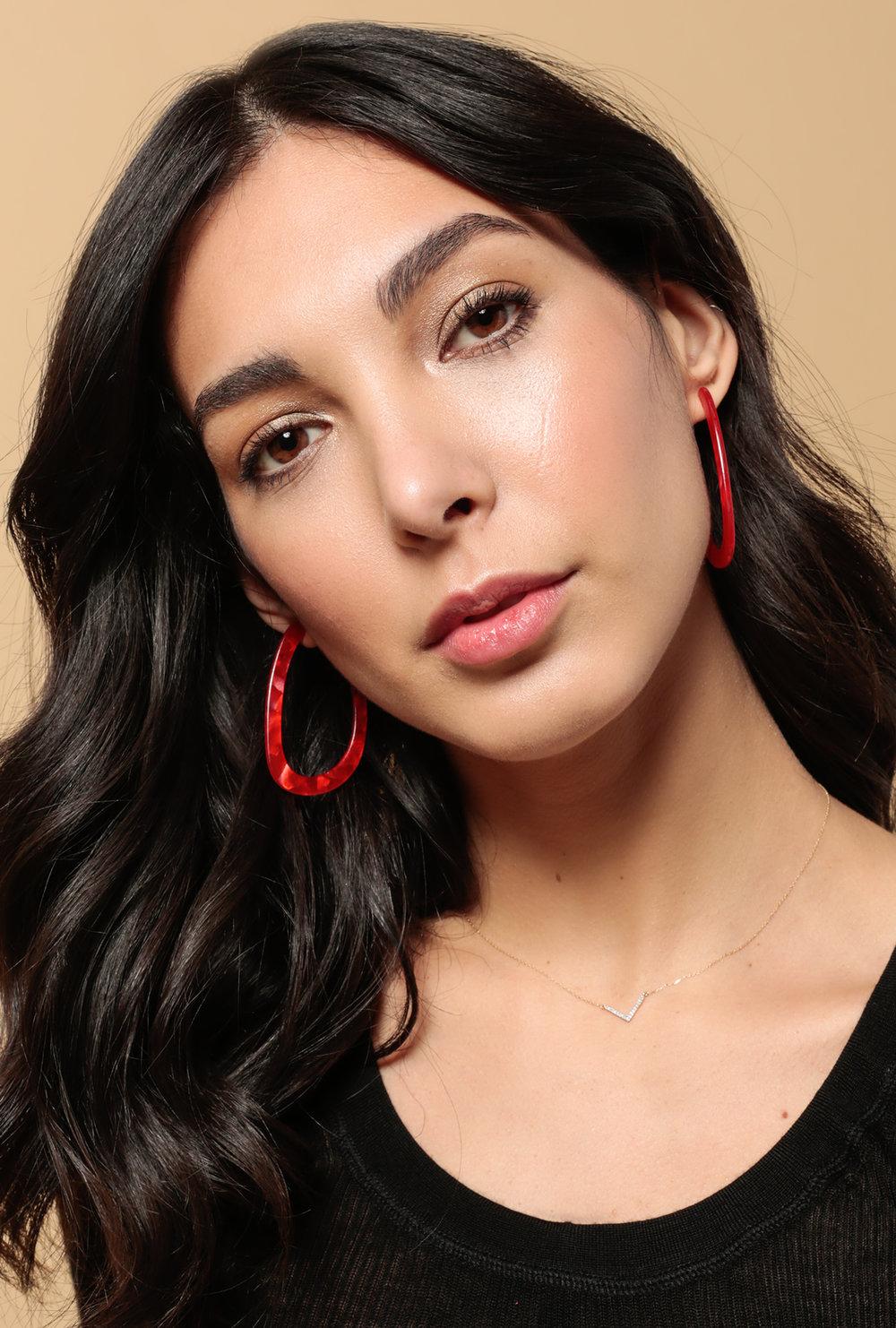 Azalea-sf-fresh- Beauty-makeup-glowing-red lip.jpg