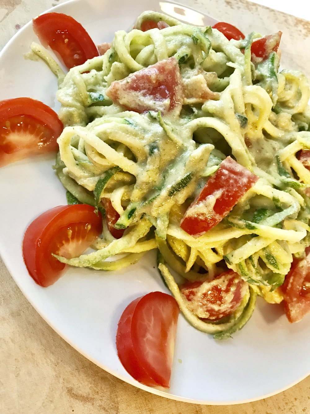 Helppo ja ihanan kevyt mutta täyttävä ja proteiinipitoinen kasvisruoka.