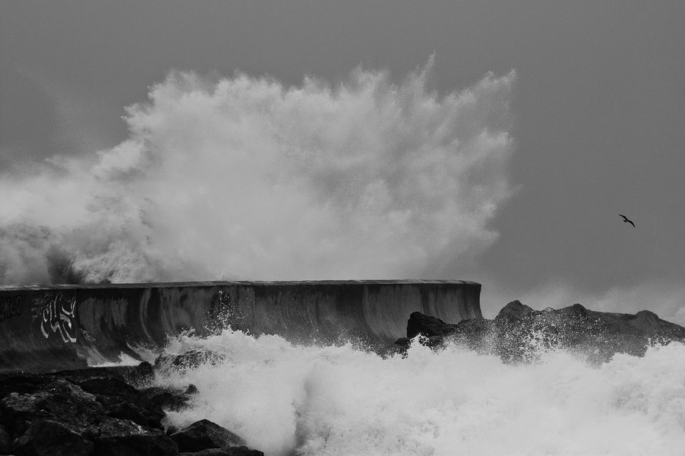 BREAKWALL BOMB
