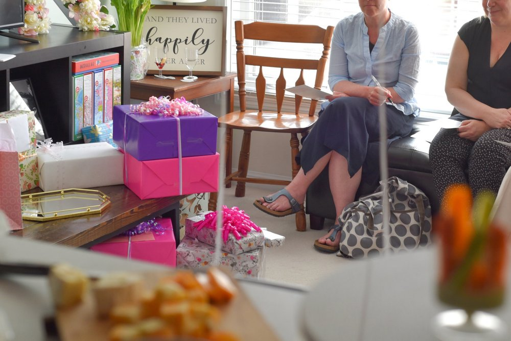 bridal-shower-games-and-guests-lily muffins.jpg