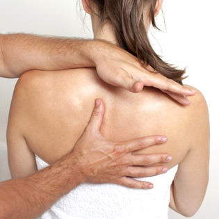 Shoulder pain from a car accident can be painful, and can limit your ability to work and your quality of life. It is important to get your accident-related shoulder pain diagnosed and treated by an accident injury specialist.
