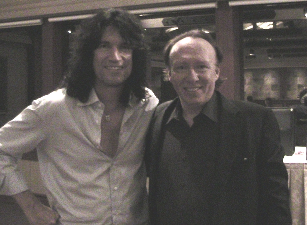 Dan and Tommy Thayer.jpg