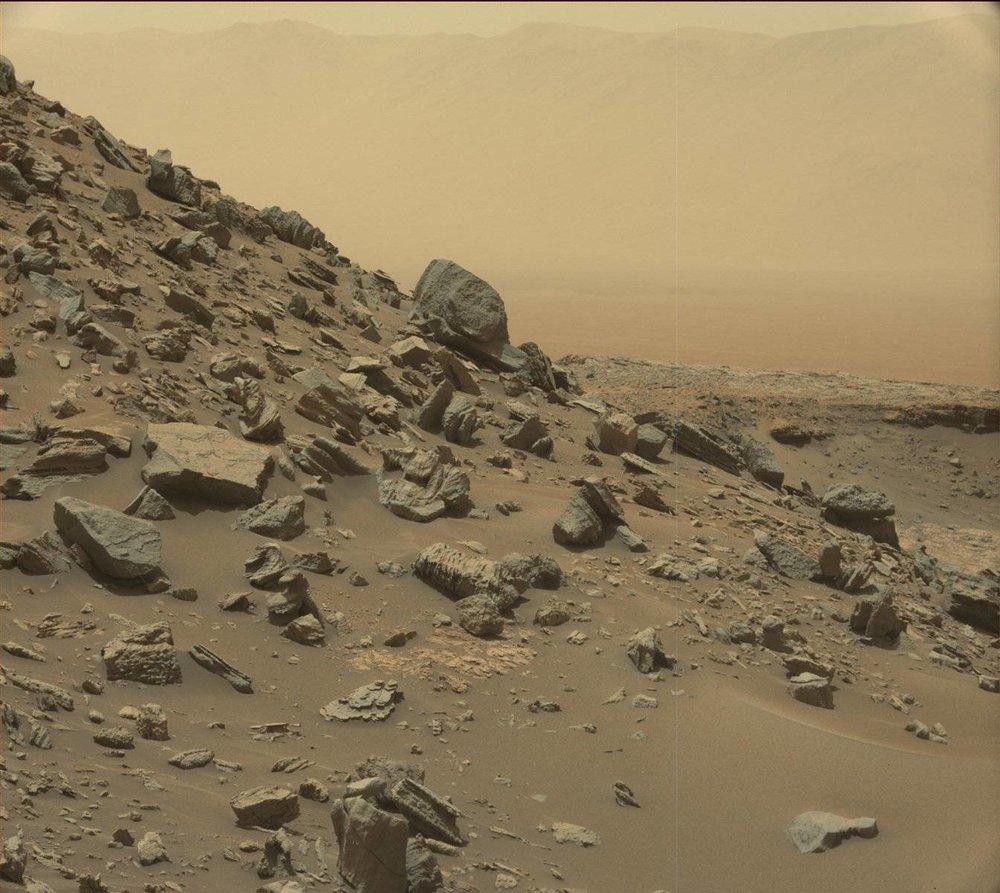 mars-curiosity-rover-msl-rock-PIA21041 - Copy.jpg