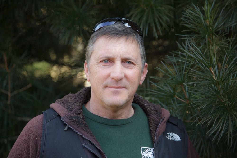 Lenny Marcari  - bio    Horticultural Associate    lmacari@bartlettarboretum.org