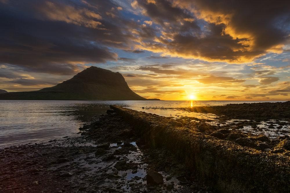 Sunset on the beach of Grundarfjörður