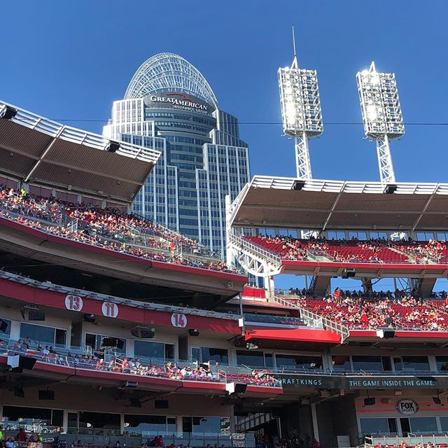 The PERFECT day for a ballgame. #reds #cincinnatireds #bottomoftheseventh #redsarewinning #beatseatsinthehouse #dugout ##cvg #greatamericanballpark #operasinger #tenor #singerlife #panuccio #panucciostyle #boss #re
