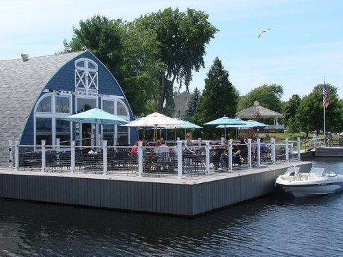 Boat_House_Restaurant-Boat_House_Restaurant-20000000000863385-500x375.jpg